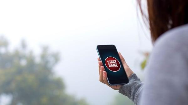 Start game on phone